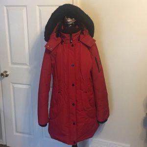 Beautiful HFX Warm winter coat size Large